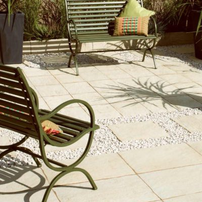 Layered Slate Effect paving in White Cream