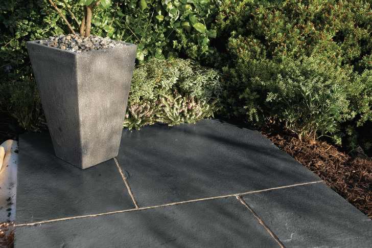 Bradstone Natural Limestone Paving Kebur