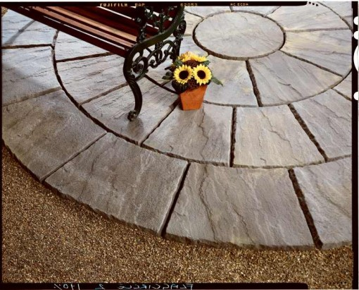 Flagstone Riven Edge Circle Old Weathered York