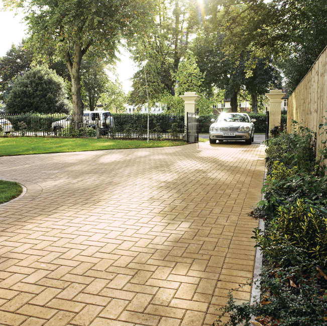 Mondrian 50 further Large Country Cottage Garden besides Concrete stencil design ideas furthermore Paving Slabs in addition Paving Slabs. on patio slabs ideas