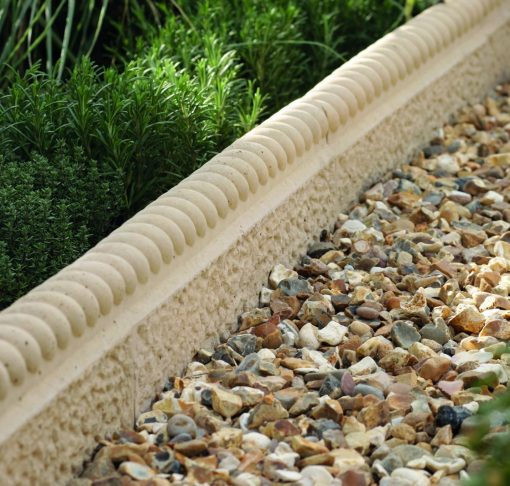 Rustic Ropetop Edging Cotswold