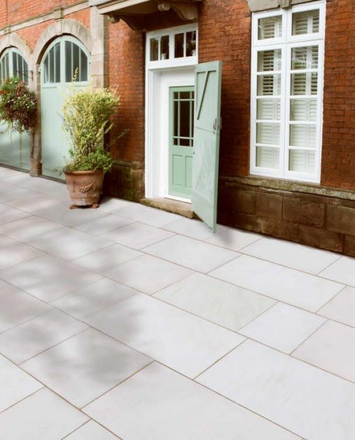Grand Natural Sandstone paving in Imperial White