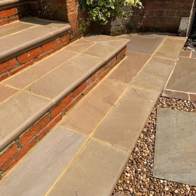 Raj Green Sandstone Steps (wet)