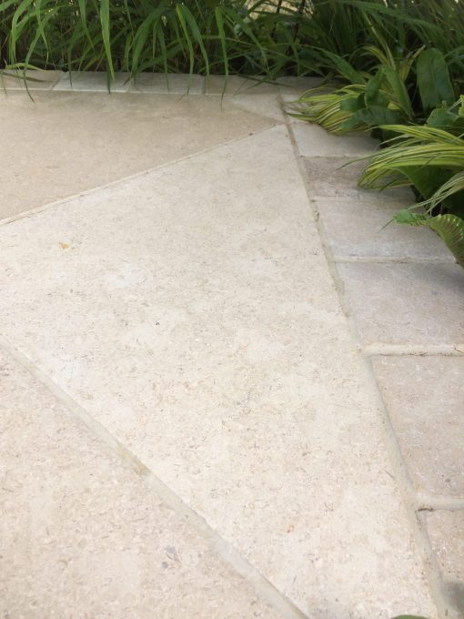 Egyptian Limestone Sinai Pearl paving and setts with planting