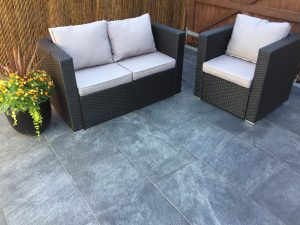 Kebur Contempo Nightfall Porcelain (courtesy of Winslade Landscapes)