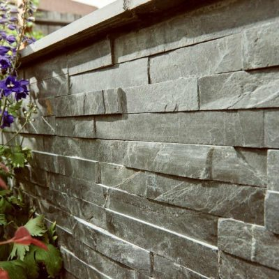 Natural Slate Walling Slip - Blue Black - in-situ