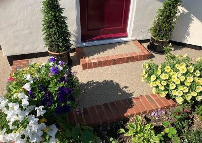 Resin bound front garden and steps 2 KLD