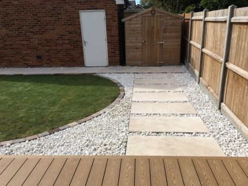 Sierra Cream with Scottish Pebbles courtesy of Rosie Landscapes