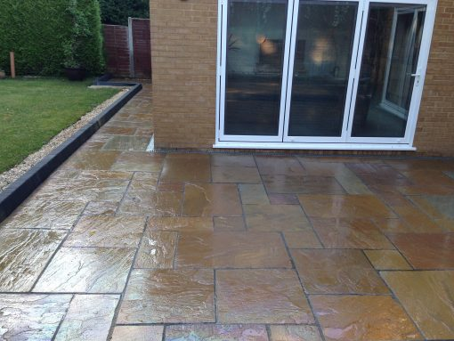 Natural Sandstone Trade Pack paving in Buff
