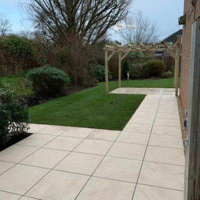Pro Porcelain Concept Cream courtesy of TAW Garden Landscapes