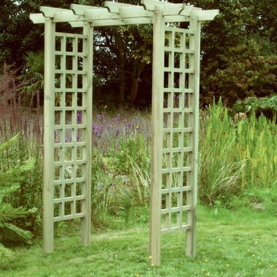 Pergolas, arches, arbours & timber garden structures