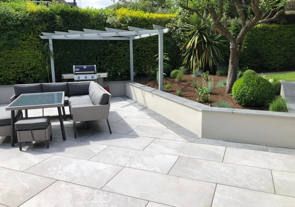 How to achieve a professional finish with porcelain paving
