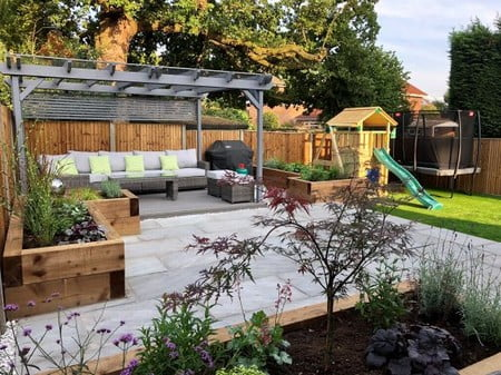 Silver Grey Sandstone Trade Pack with grey pergola